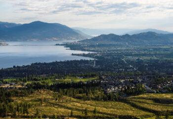 Kelowna Mountain overlooking Okanagan Lake, 3-2341, Credit - Destination BC-Andrew Strain